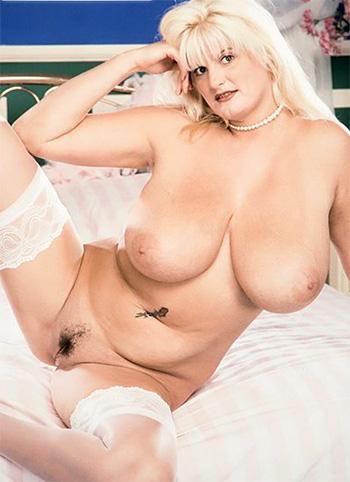 Naked mature slut Brandi